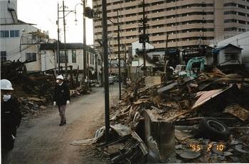 青木駅前の状況-1.jpg