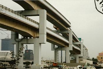 高速道路のずれ-2.jpg